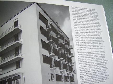 BAUHAUS BOOK 1989 12