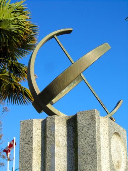 designKULTUR - Gerhard Class - George Cunningham Memorial Sundial - 1967 - 14