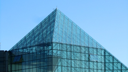 designKULTUR - Isamu Noguchi - Moerenuma Park Sapporo - Glass Pyramid %22Hidimari%22 – 13