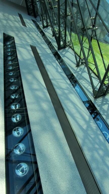 designKULTUR - Isamu Noguchi - Moerenuma Park Sapporo - Glass Pyramid %22Hidimari%22 – 28