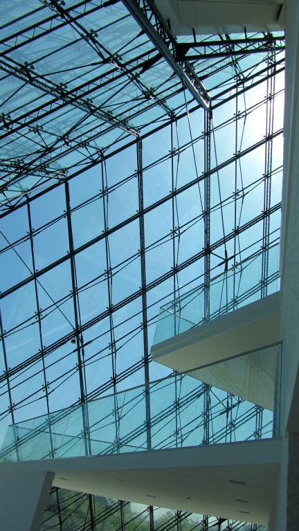 designKULTUR - Isamu Noguchi - Moerenuma Park Sapporo - Glass Pyramid %22Hidimari%22 – 29