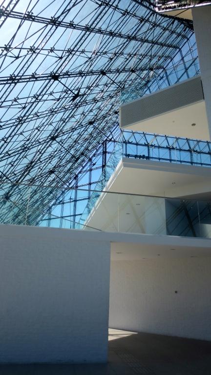 designKULTUR - Isamu Noguchi - Moerenuma Park Sapporo - Glass Pyramid %22Hidimari%22 – 4