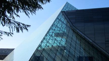 designKULTUR - Isamu Noguchi - Moerenuma Park Sapporo - Glass Pyramid %22Hidimari%22 – 60