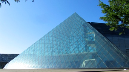 designKULTUR - Isamu Noguchi - Moerenuma Park Sapporo - Glass Pyramid %22Hidimari%22 – 61