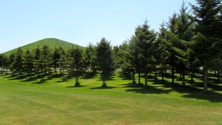 designKULTUR - Isamu Noguchi - Moerenuma Park Sapporo - Mt. Moere - 14
