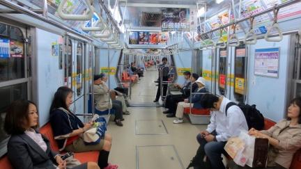 designKULTUR - Sapporo 2013 - Sapporo City Transportation Bureau - Our Favourite Shot this Trip