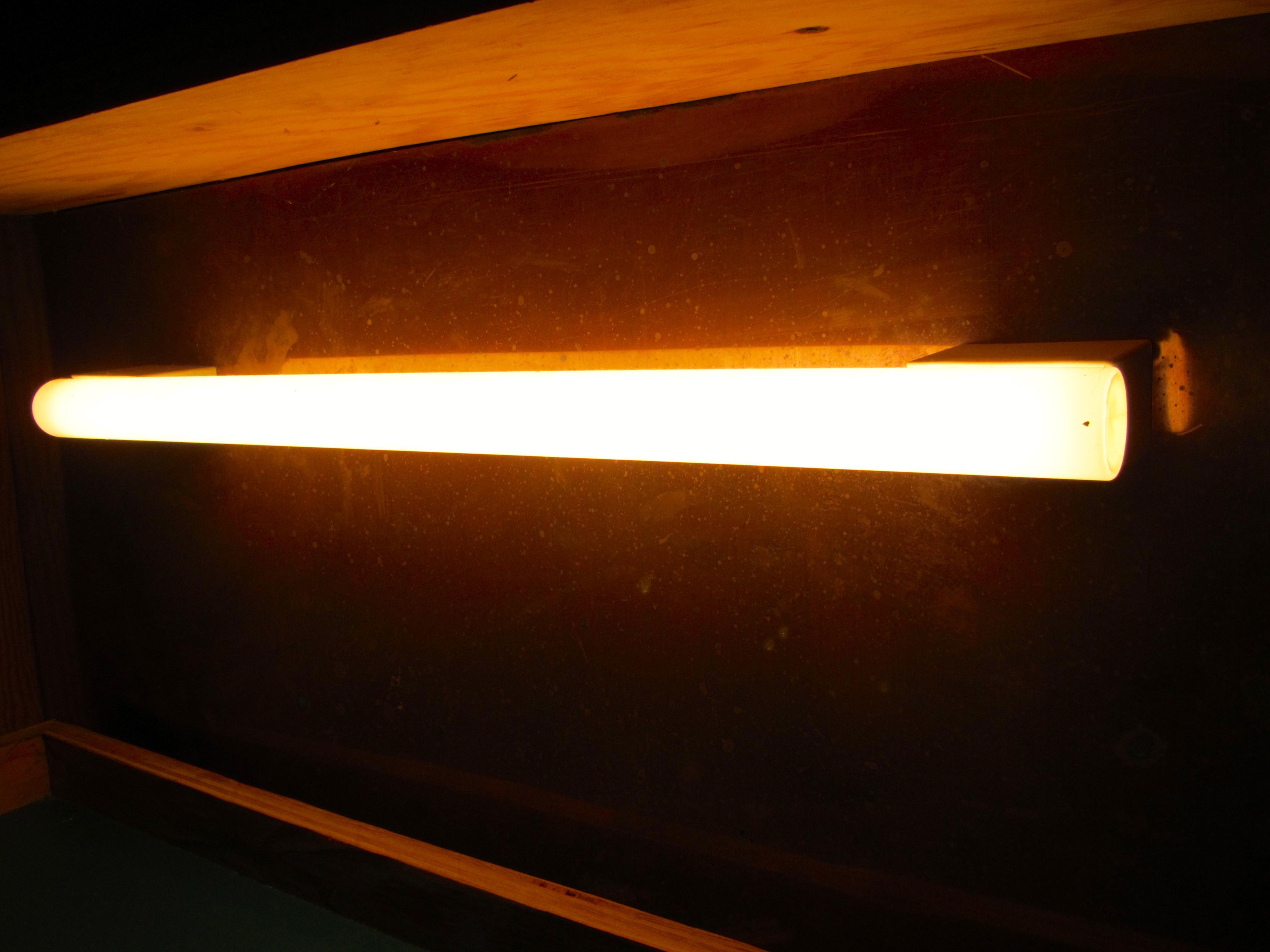 Osram Linestra designkultur the plywood cottage elements osram linestra glow