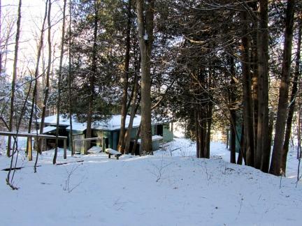 designKULTUR – The Plywood Cottage – Winter – Exterior – 1