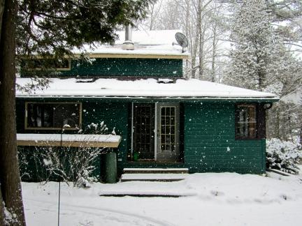designKULTUR – The Plywood Cottage – Winter – Exterior – 3